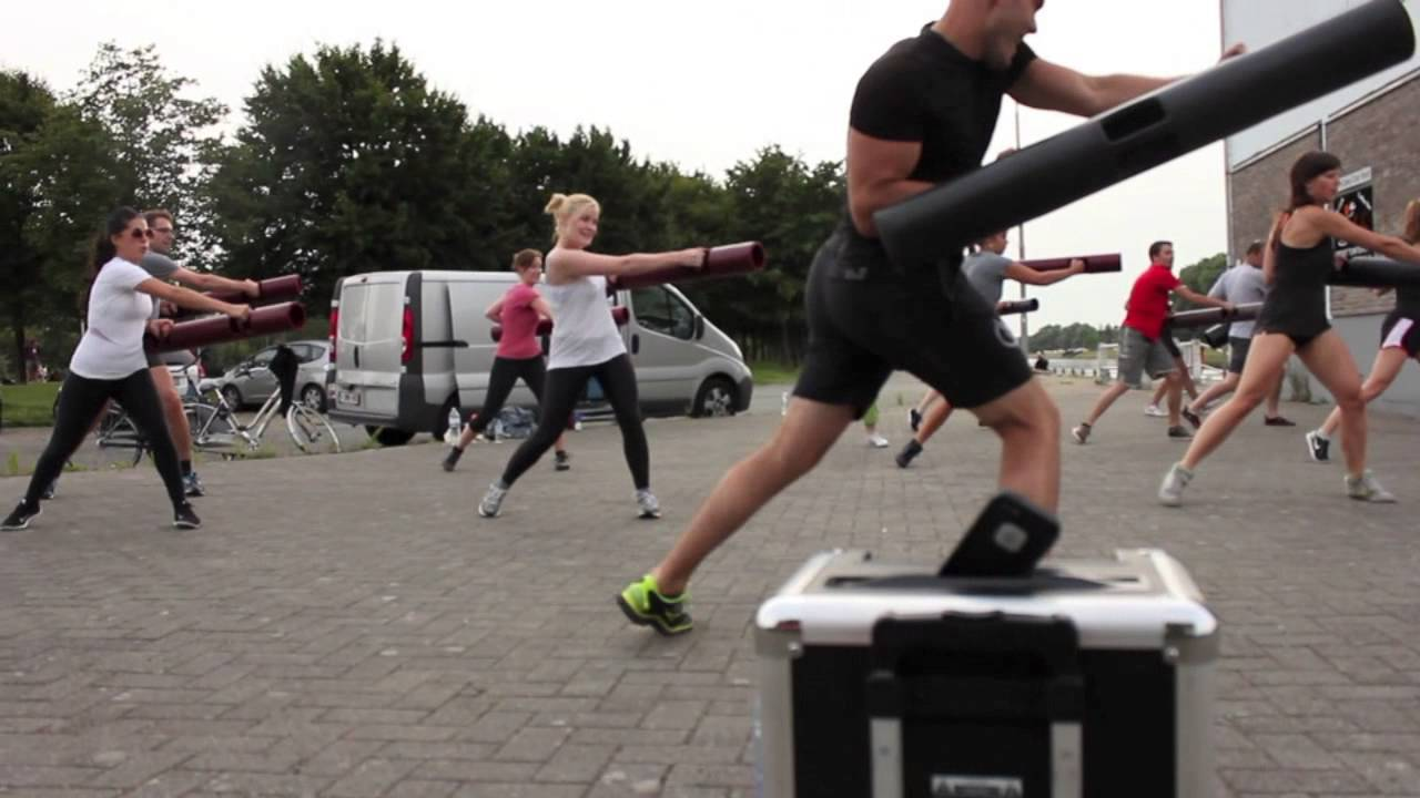 Watch The full-body ViPR workout video