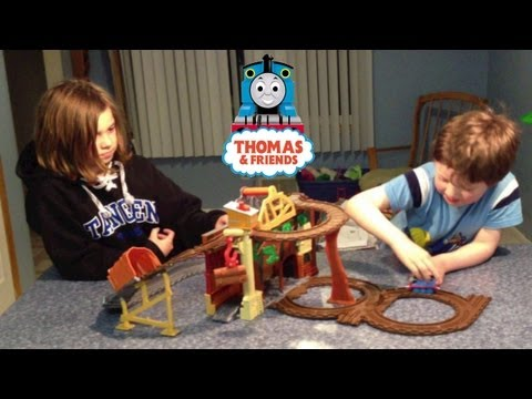 Thomas And Friends: Take-n-play - Rescue From Misty Island video