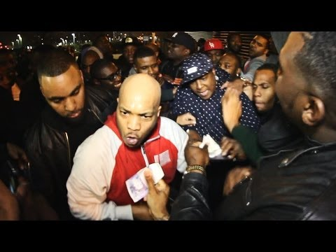 The LOX - Jadakiss & Styles P Nearly fight while selling CDs after show in London Indigo O2!