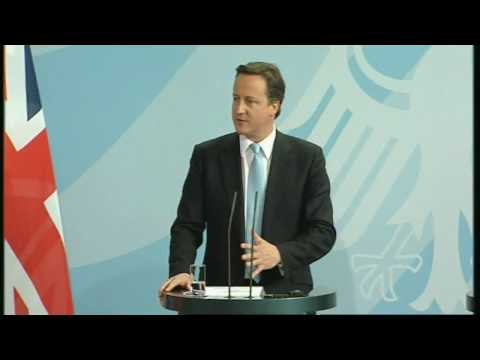 Cameron addresses Berlin news conference