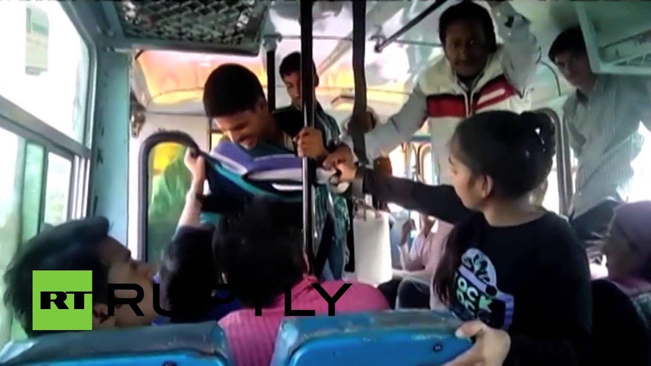 Смотреть бесплатно в автобусе русское 7 фотография