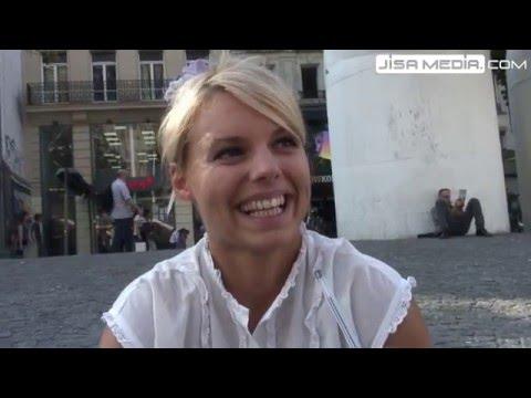 Les femmes aiment les claques sur les fesses pendant l'acte (Vidéo)