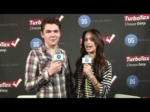Damian McGinty (The Glee Project) Interview Grammys 2012 -- TurboTax GRAMMYs Bac