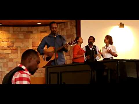 Ewedihalew - Amharic Protestant Mezmur By Michael Begashaw video