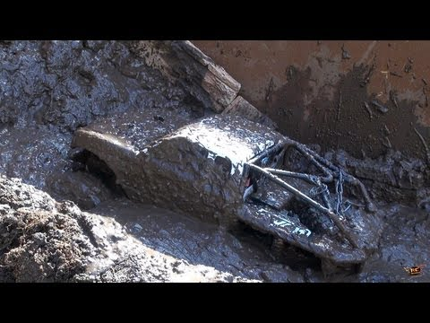 RC ADVENTURES - Creamy Mud Recoveries - Beast 4x4 & HD OverKill: the JUGGERN