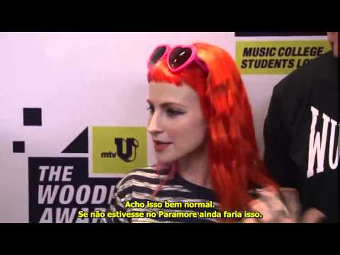 Hayley Williams at SXSW MTV Woodie Awards discuss social media [LEGENDADO] paramore.com.br