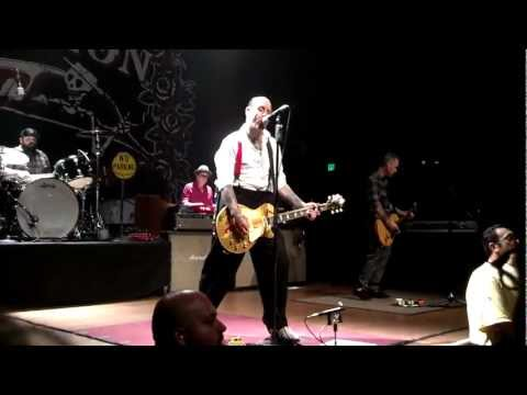 Social Distortion - Folsom Prison Blues Live