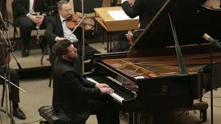 02 Gianni Bicchierini plays D. Shostakovich Piano Concerto N. 2 op. 102 - 2nd and 3rd mov.