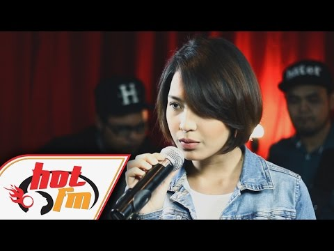 JANNA NICK - Cinta Ini Membunuhku (LIVE) - Akustik Hot - #HotTV