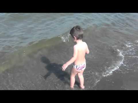 2012: Boss Mafioso Avvistato –  Bambini al mare BAMBINI DIVERTENTI VLOG