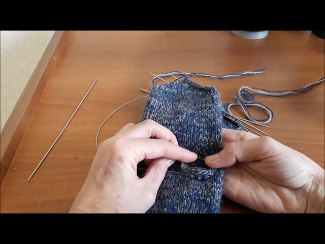 Как легко вязать пальчик варежки