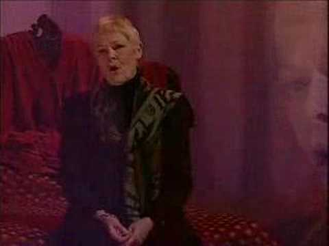 Judi Dench - Send In the Clowns, 1996