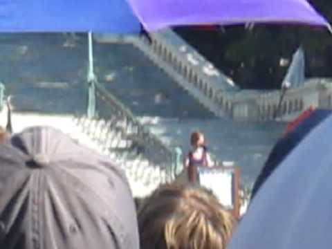 Cynthia Nixon - National Equality March in DC 10.11.09