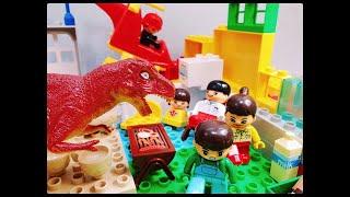 Scary Dinosaur Attacks the Camping Site! Police on the Rescue! 무서운 티라노 공룡이 캠핑장 공격! 헬리콥터 경찰이 구조한다!
