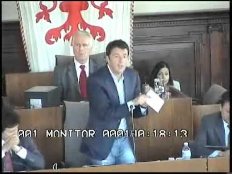 Matteo Renzi presenta il bilancio 2012 in Consiglio Comunale il 14 maggio 2012