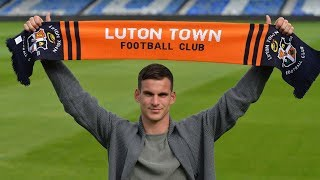 Welcome to Luton Town, Simon Sluga!