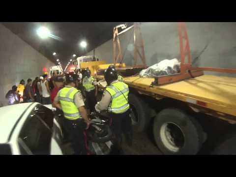 Paramedicos Motorizados accidente tunel de la planicie GOPR0627