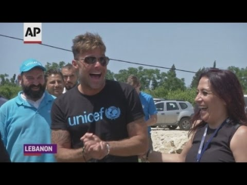 Martin visits Syrian refugees in Lebanon