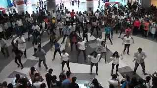 Flash mob dance at Mantri mall on recycling by MSRIT green champs! part2