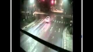 Pha né tránh ô tô nhanh như cắt