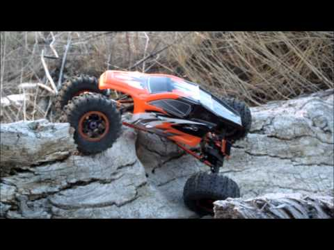 Mad Torque RC Rock Crawler Tree Climbing