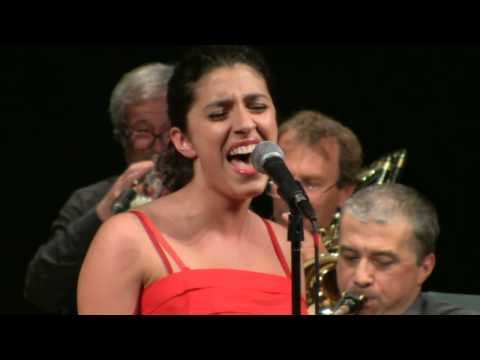 Big Band Jazz Orchestra with Caterina Comeglio and Bob Mintzer - Honey Suckle Rose LIVE HD