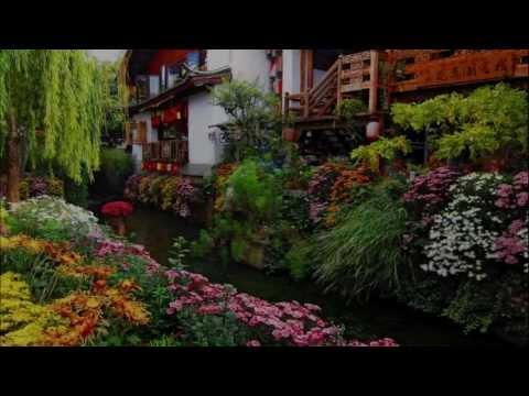 Houses and beautiful gardens - Georgia (HD1080p)