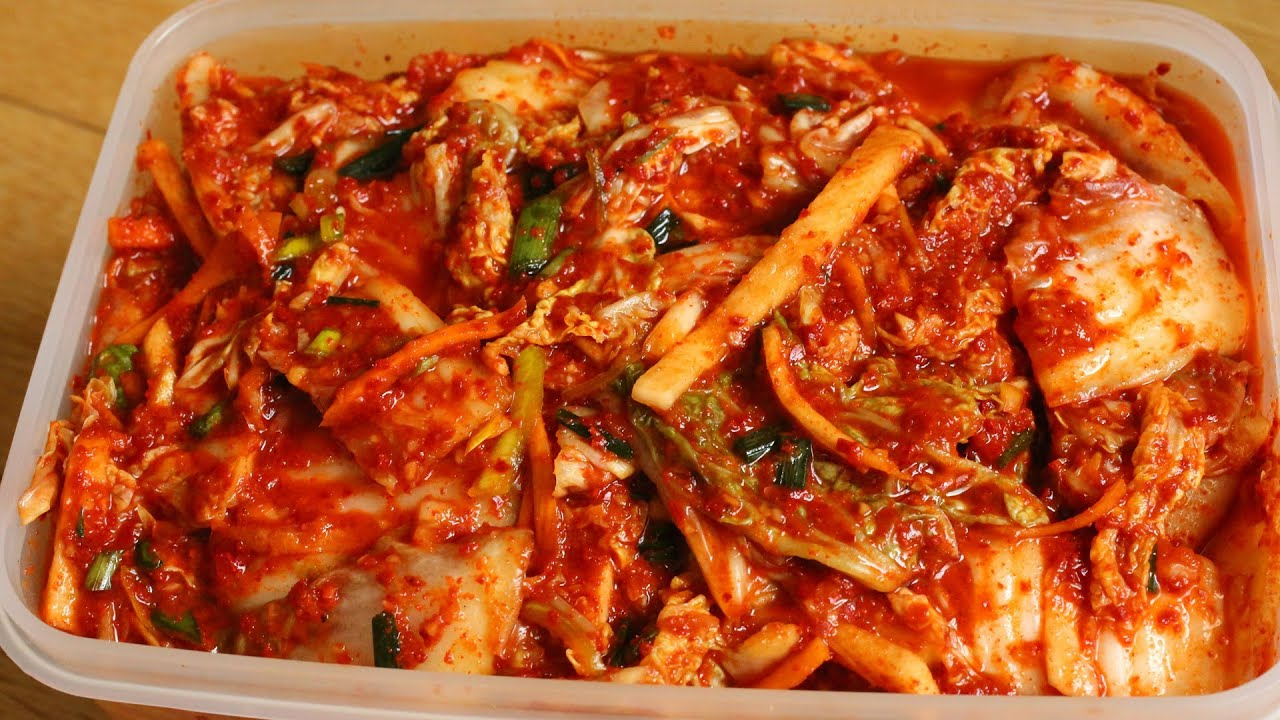 how to take out kimchi stains