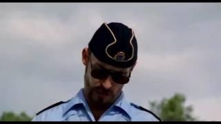 video hài hước nhất về sự bá đạo của cảnh sát