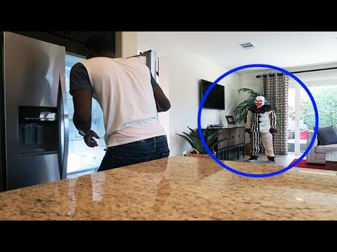 KILLER CLOWN IN MY HOUSE PRANK! (EXTREME!!!)