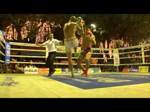 Ankie Baan Muaythai VS Pat Kiatphontip Gym (King's Birthday 2013 @ Sanam Luang, Bangkok)
