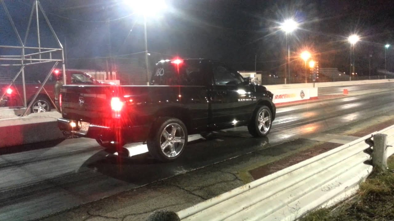 2012 dodge ram rt 1/4 mile track - YouTube