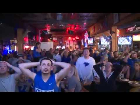 Kentucky fans go from happiness to heartbreak in 2 seconds