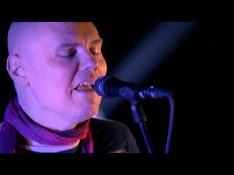 "The Smashing Pumpkins ""Bullet with Butterfly Wings"" Guitar Center Sessions on DIRECTV"