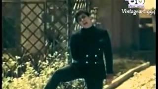 Watch Paul Anka Eso Beso that Kiss video