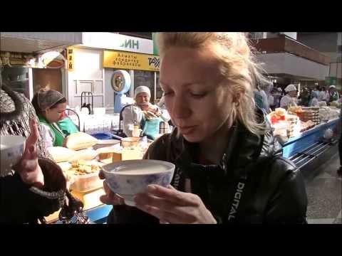 Зеленый рынок в Алматы. Пробую кумыс