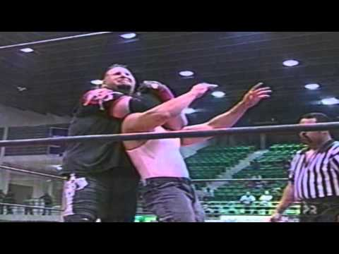 WWC: Carly Colón vs. One Man Gang (2000)
