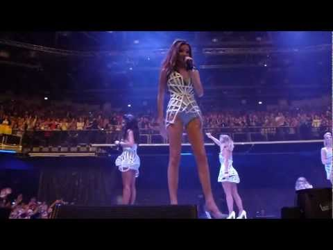 Girls Aloud - Call The Shots (full. front row) Dublin The O2 Ten Tour 16/03/13