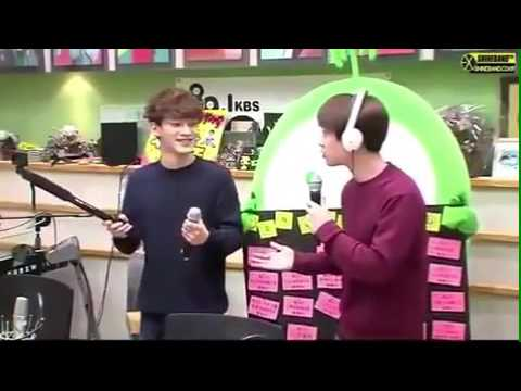 KBS RADIO - EXO DO KYUNGSOO / CHEN KIM JONGDAE DANCING TO RED VELVET ICE CREAM CAKE CUTE MOMENT