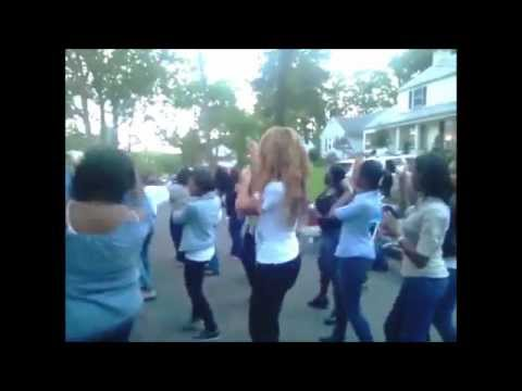 Beyonce Dança Ciara Livin It Up Na Rua video