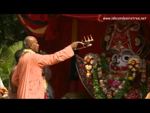 Iskcon Juhu - Maha Aarti Of Their Lordships Jagannath Baladev & Subhadra video