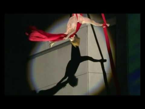Cirque Du Soleil - Let Me Fall