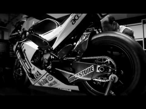 NEW 2009 Yamaha YZF-R1 Rossi EU commercial Video