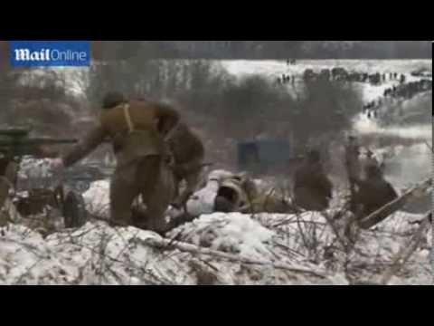 epic reenactment marks 70 years since Siege of Leningrad   Mail Online