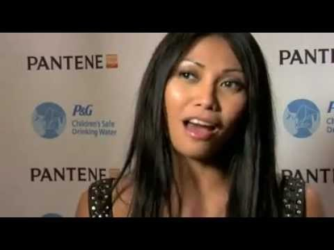 Anggun, Gisele Bundchen, & Bill Clinton - Save Water For The World (PANTENE)