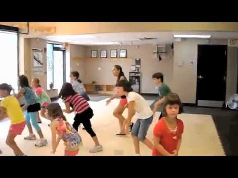 儿童尊巴 Children's Zumba - Waka Waka video