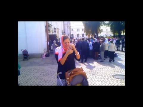 Молитва круг плащаница Богородицы в Лавре