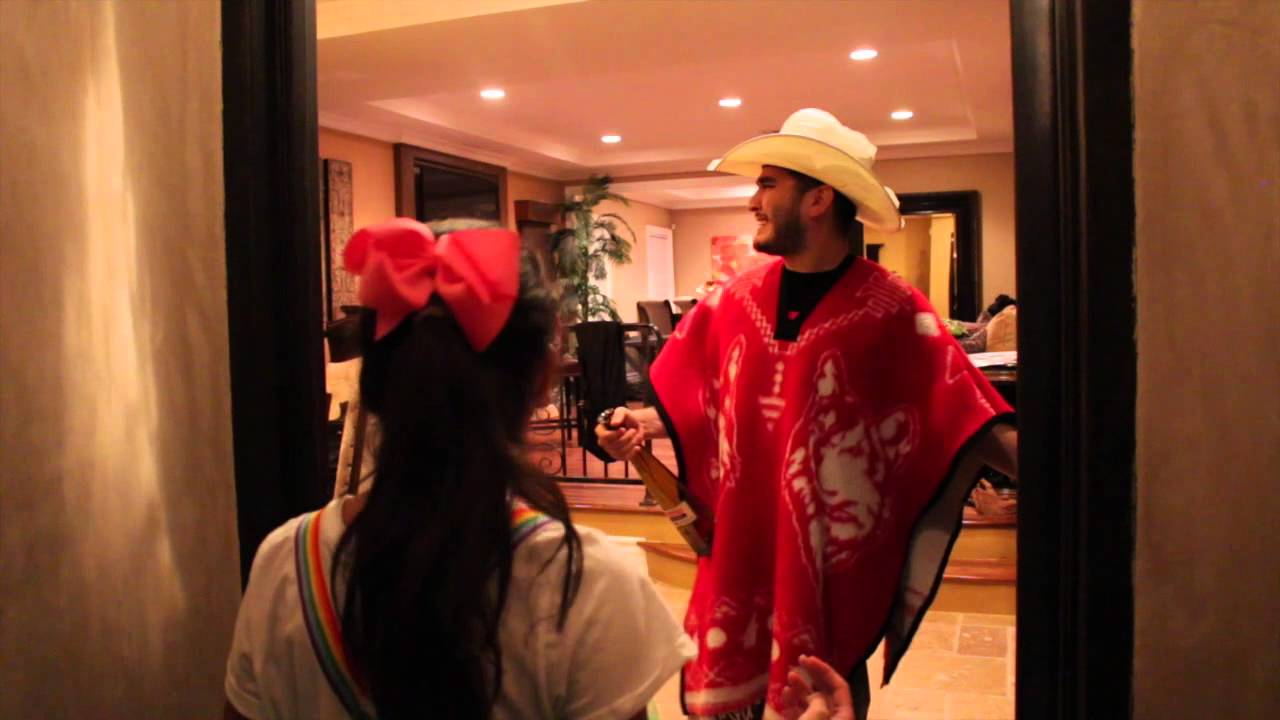 Mexican Halloween Mexicans on Halloween be Like