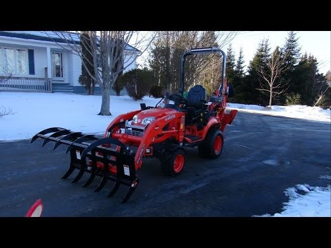 Land Pride Grapple and the Kubota BX25 D