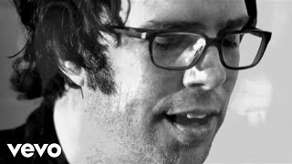 Watch Ben Folds Landed video